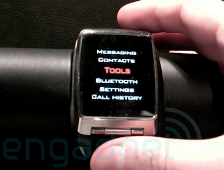 lg-watch20001-440.jpg