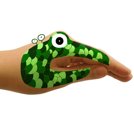 monster-hands-and-animal-hands-by-hector-serrano1