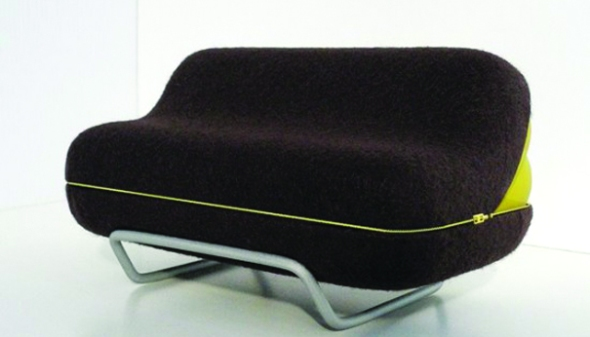 now-it-s-a-bed-now-it-s-a-couch-olivier-gr-goire-s-eclosion-sofa-large2