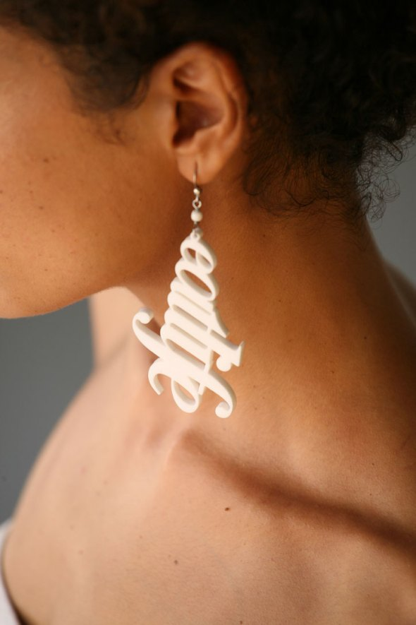 Typographic-jewelry-ebon-heath-mona-ibrahim-yatzer_1
