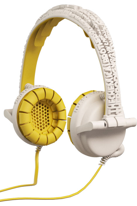 street_headphones_brian_garret_schuur_yellow